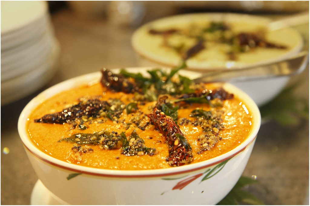 red coconut chutney with dry red chilies